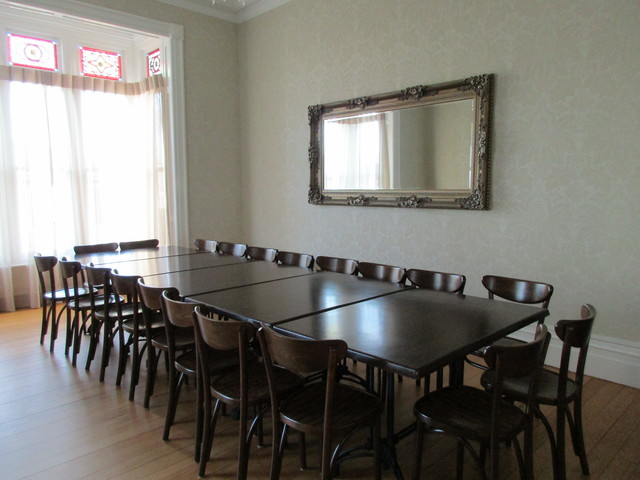 Guest dining room cambridge motel accommodation - Comfortably luxury home offices ideas making working less stressful ...